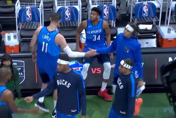 聖誕節慘案!Middleton輕取31分,公鹿爆錘勇士,Curry太沮喪!(影)-籃球圈