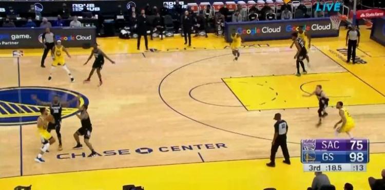三節30+9+8!Curry逆天鏡頭NBA罕見,剛過半場就遭雙人合圍!(影)-籃球圈