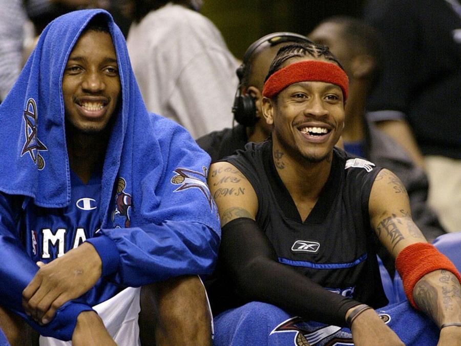 詹皇催淚懷念Kobe:我曾瘋狂崇拜他,當年能和這三人同場競技,讓我覺得自己成功了!-籃球圈