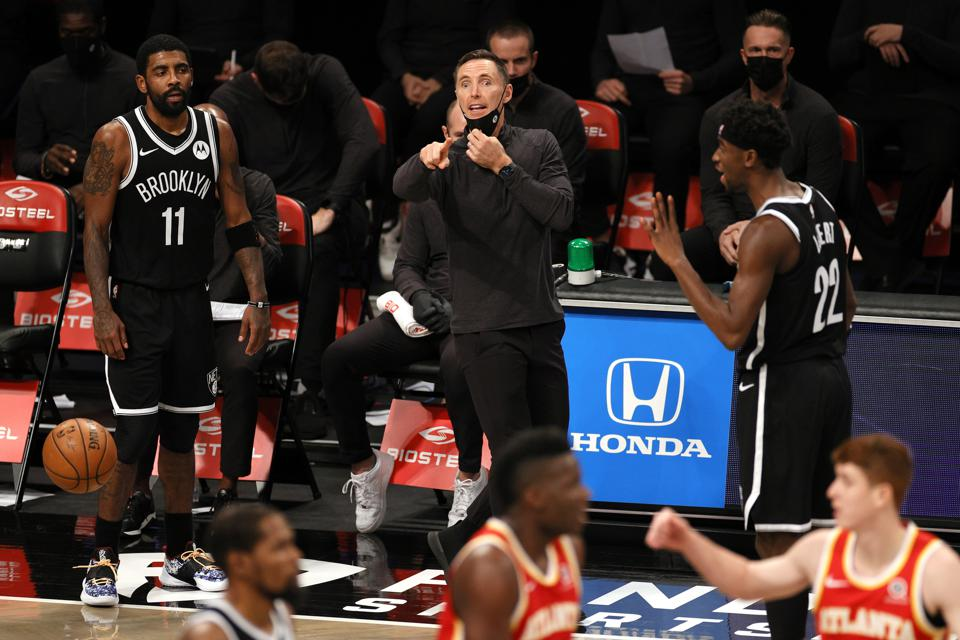 交易倒計時?曝厄文與主帥Nash暗藏嫌隙,和杜蘭特關係逐漸疏遠!-黑特籃球-NBA新聞影音圖片分享社區