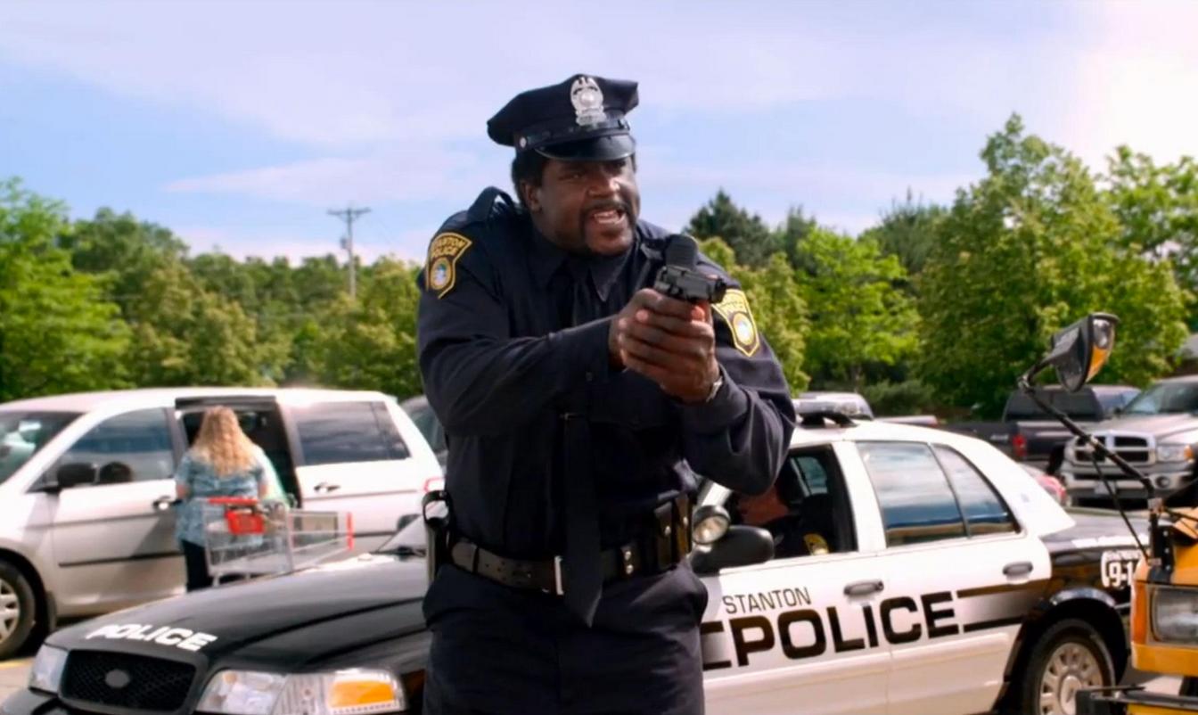 歐尼爾出任警局社區關係主管,但他並不滿足,還想競選警察局長!