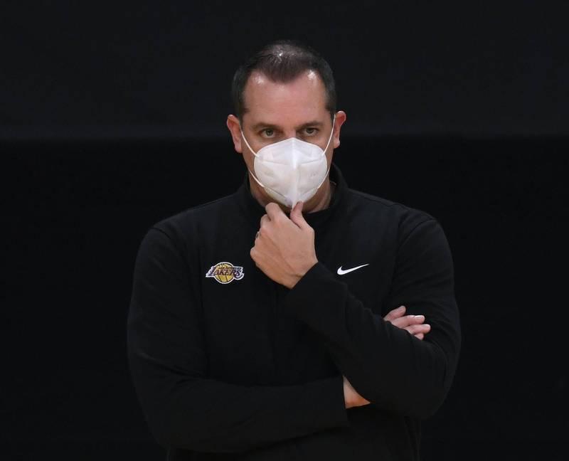 Kobe逝世一週年!沃格爾:湖人明天會給球員放假,讓他們調整心情!-籃球圈
