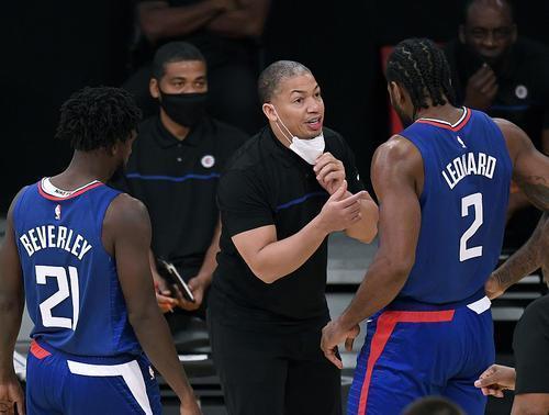 快艇全隊正負值高達+70!泰倫盧:我跟Kobe和歐尼爾打球時,也挺高的!-籃球圈
