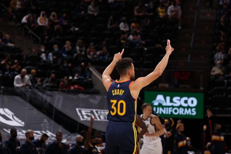 跨時代的引領者!Curry的三分總數升至歷史第二,超越傳奇Miller,下一個目標趕超雷槍!