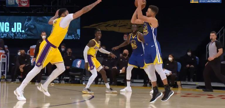 【影片】杜蘭特評論Curry昨天的關鍵三分:搖桿往左推,Curry後撤步~-籃球圈