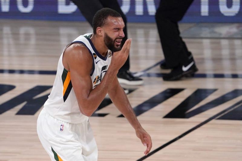 終究還是走到了這一步!曝NBA正考慮暫停比賽7-14天,因疫情形勢太過兇猛!