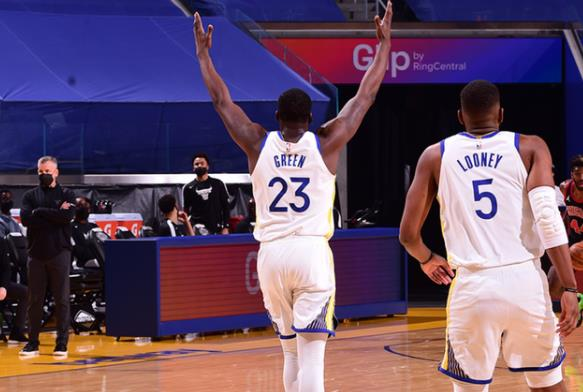 Curry復出32+6,勇士擒公牛終結4連敗,Vucevic 21+9+6!(影)-籃球圈
