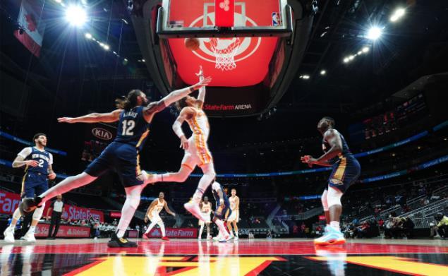 創單節三分紀錄!Young轟30+12,Zion空砍34分,老鷹輕取鵜鶘獲4連勝!(影)-黑特籃球-NBA新聞影音圖片分享社區