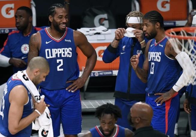 4年1.76億!NBA又一支豪華球隊誕生,快艇三人組年薪將超1億元!-黑特籃球-NBA新聞影音圖片分享社區