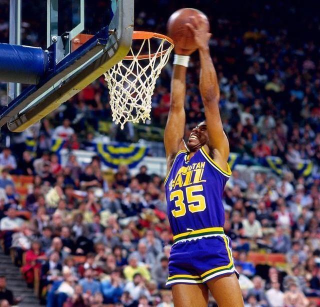 空中飛人!盤點NBA彈跳能力最強的十大球星:灌籃王LaVine第六,鵜鶘狀元秀僅排第九-黑特籃球-NBA新聞影音圖片分享社區