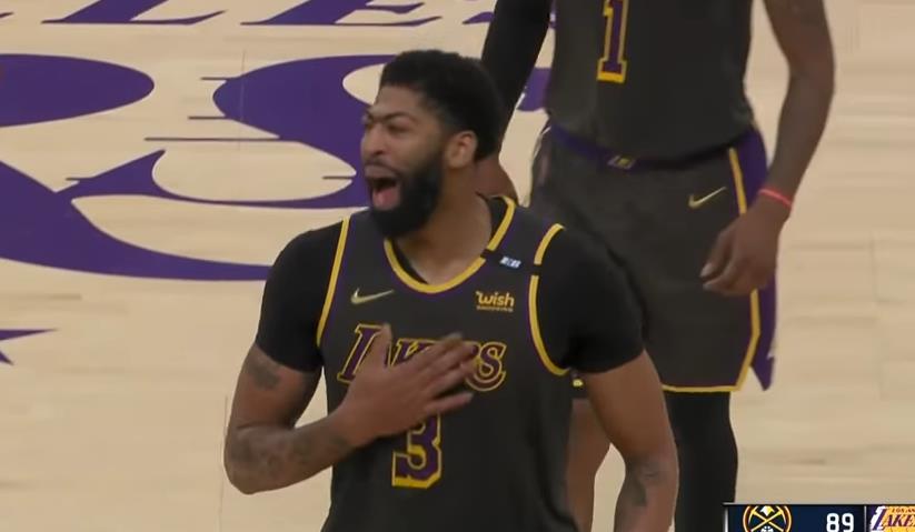 【影片】士氣大振!一眉哥狀態復甦轟25+7+致命火鍋,賽後拍胸大吼:我們回來了!-黑特籃球-NBA新聞影音圖片分享社區