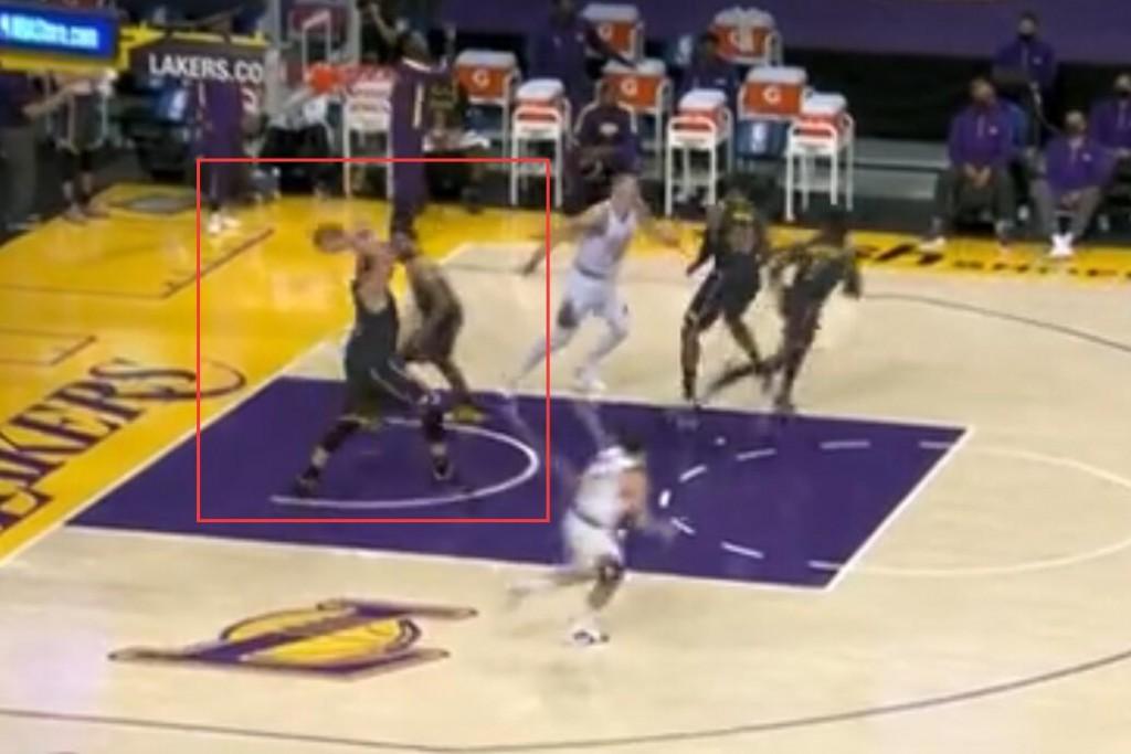 【影片】小Gasol精妙助攻+三分燃爆全場,誰留意到抓猛哥的舉動?這就是湖人真實氛圍!-黑特籃球-NBA新聞影音圖片分享社區