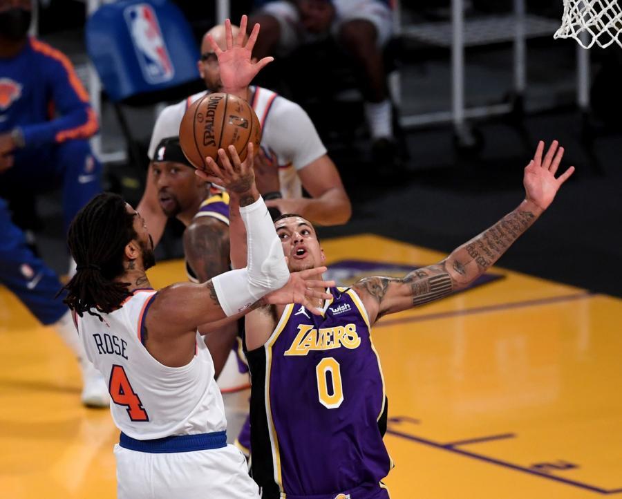 27+6+6,Rose夢迴巔峰,與一眉哥倒地搶籃板讓人熱淚盈眶(影)-黑特籃球-NBA新聞影音圖片分享社區