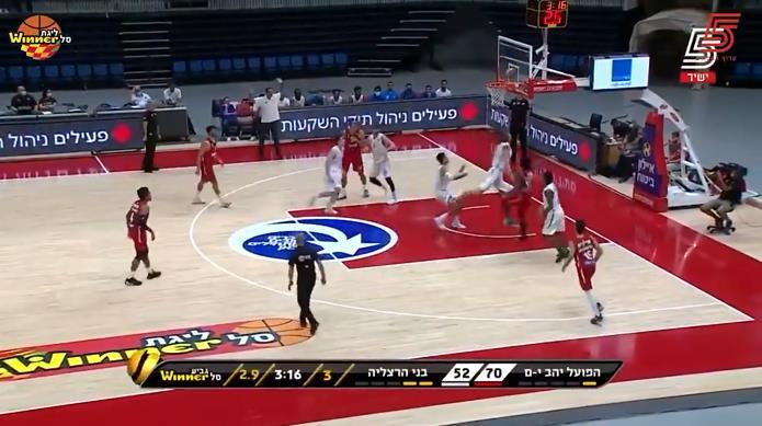 三分8中4!Bennett以色列聯賽首秀上場18分鐘得到16分7籃板!-黑特籃球-NBA新聞影音圖片分享社區