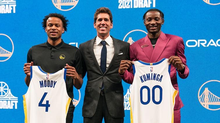未來可期?科爾:詹姆斯和Curry新秀時期都很瘦,而18歲的Kuminga卻是個強壯的傢伙!-黑特籃球-NBA新聞影音圖片分享社區