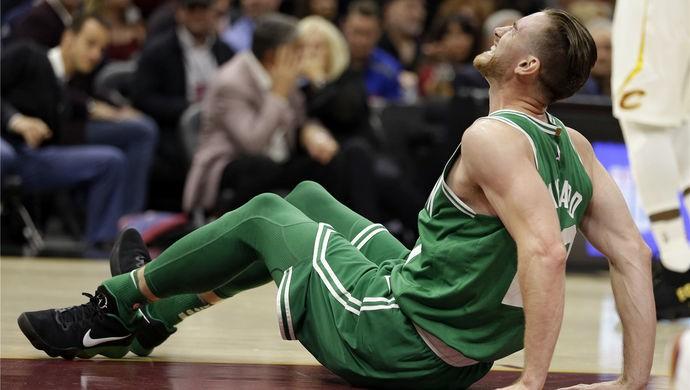 2010年選秀,堪稱選秀史上最災難的一年,前十順位,近半都遭遇過賽季報銷!-黑特籃球-NBA新聞影音圖片分享社區